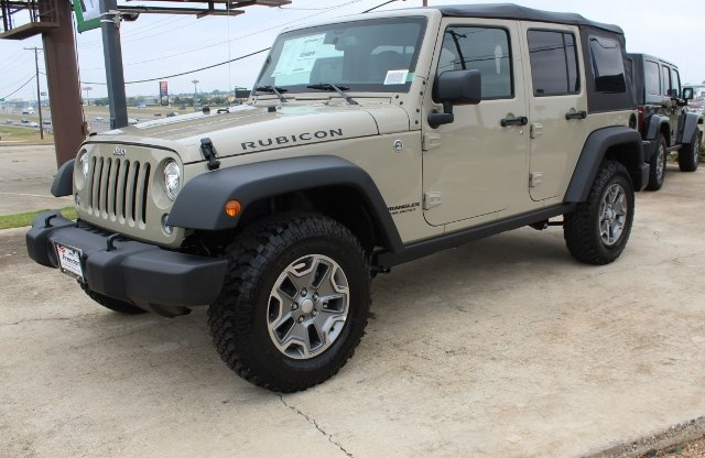 NEW 2017 JEEP WRANGLER UNLIMITED RUBICON 4X4