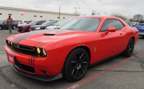 Pre-Owned 2017 Dodge Challenger R/T Scat Pack